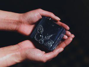 Aktivkohle Seife aus Korea handgemacht